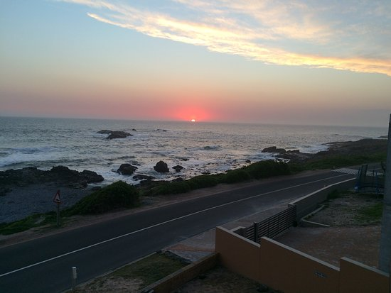 Yzerfontein, แอฟริกาใต้: Sunset from the room!