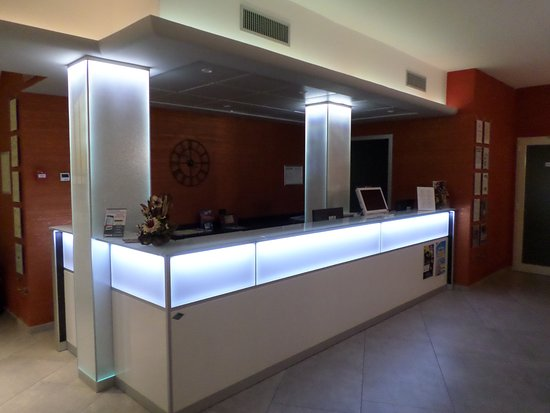 Hotel Miriam: Reception