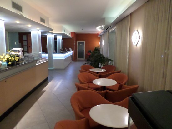 Hotel Miriam: Bar interno