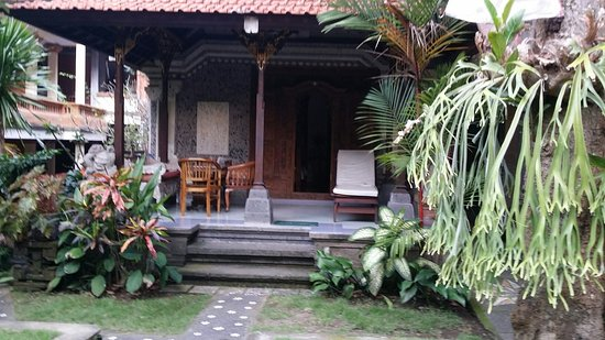 Sania's House Bungalows: 20160817_171627_large.jpg