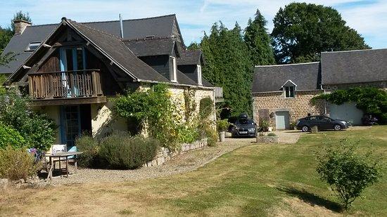 Saint-Georges-de-Reintembault Photo