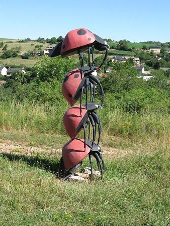 Orta Pireneler, Fransa: les sculptures extérieures