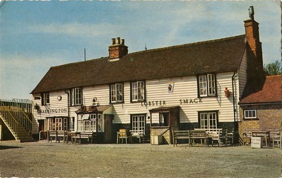 Canvey Island, UK: the pub is around 600 years old