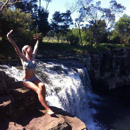 Kerikeri, Nowa Zelandia: Charlies Rock, the local jumping pool