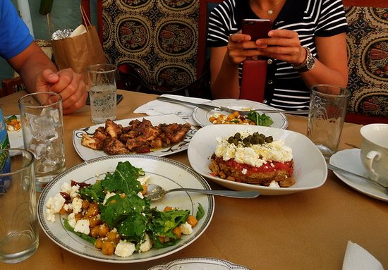 Daratsos, Griekenland: Food Odyssey- historical food walking tour