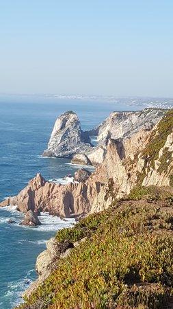 Colares, Portugal: Scogliera
