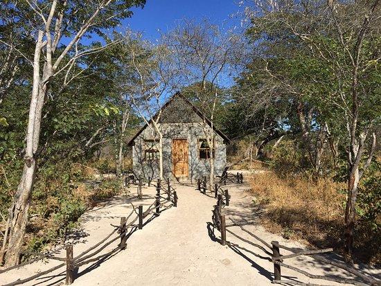 Hwange National Park, زيمبابوي: our bush chalet