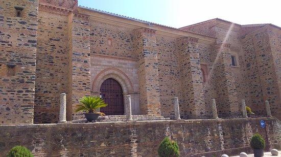 Iglesia de San Martín de Almonaster la Real