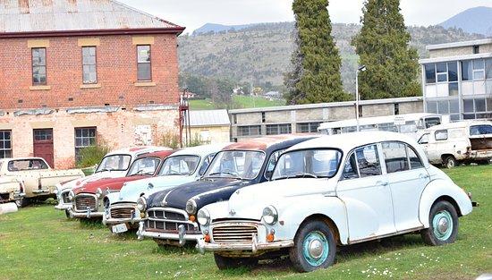 New Norfolk, ออสเตรเลีย: Car graveyard?