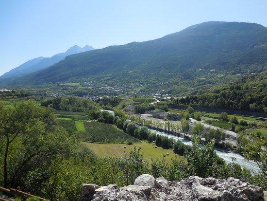 St. Pierre, Italia: Vista dal castello 2