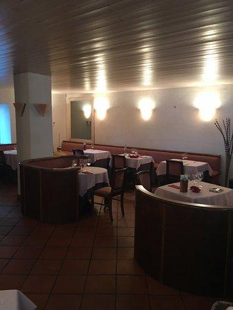 Villandraut, França: restaurant