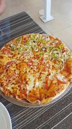 Foto's Pizza: 20160817_131613_large.jpg