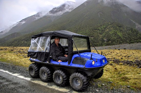 Mt. Cook Village, New Zealand: Tasman Valley 4WD Tour with Graeme