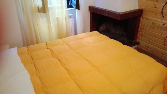 Letto troppo vicino al camino foto di residence solenevesila camigliatello silano tripadvisor - Culla vicino al letto ...
