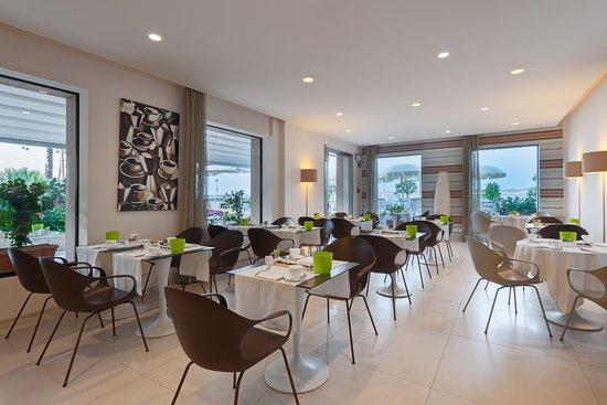 Eden Hotel: sala colazioni