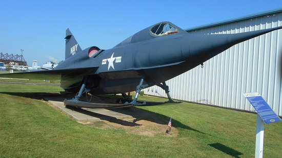 Horsham, Pensilvania: Rare model of only experimental Sea Dart jet seaplane existing