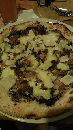 Crecchio, Italia: Pizza tartufata