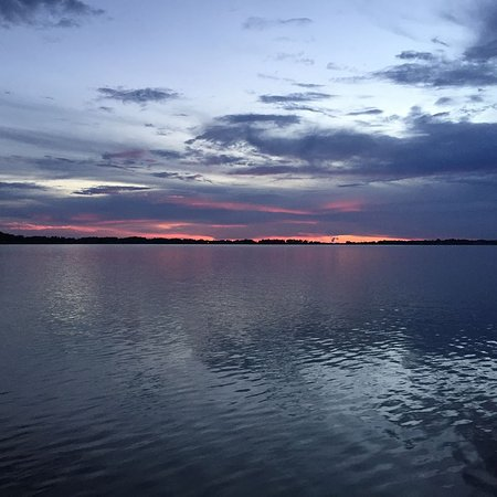 Mount Dora, ฟลอริด้า: Sunset on Lake Dora in Mt Dora, FL