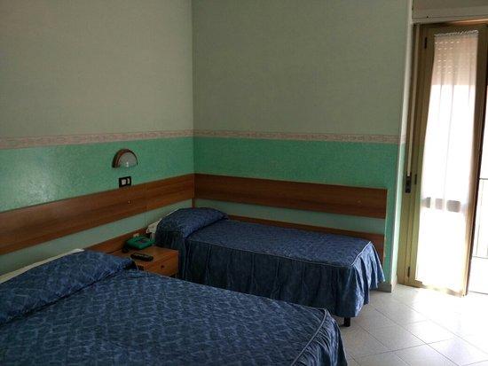 Hotel Garibaldi : TA_IMG_20160823_125349_large.jpg