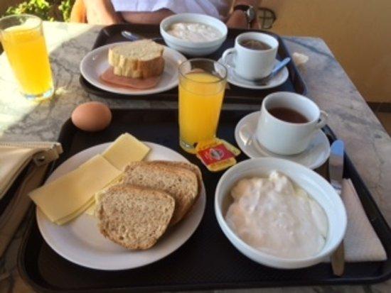 Levante Beach Hotel: ontbijt zeer compleet voor griekse begrippen