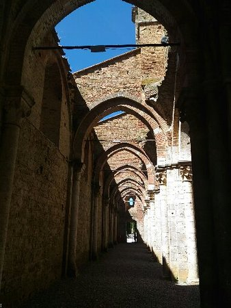 Chiusdino, Ιταλία: P_20160812_114433_SRES_large.jpg