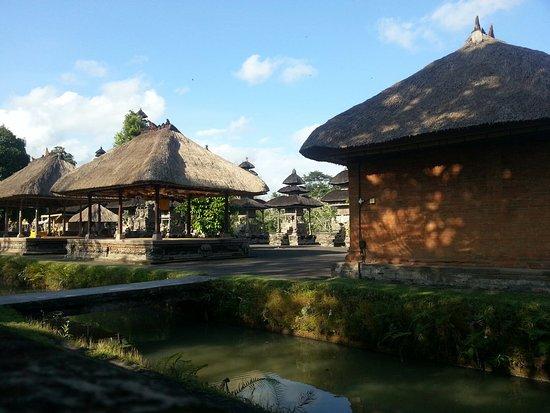 Mengwi, Indonesia: 20160823_161743_large.jpg