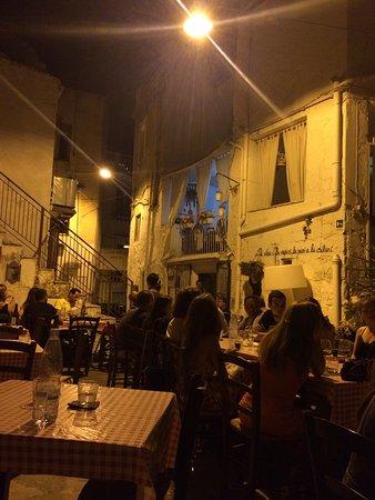 Favara, Italia: photo0.jpg