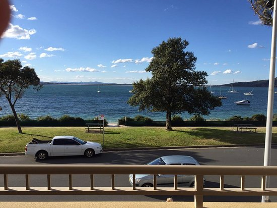 Shoal Bay, Australia: View from our balcony