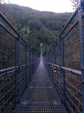 San Marcello Pistoiese, Włochy: il ponte visto dalla cima