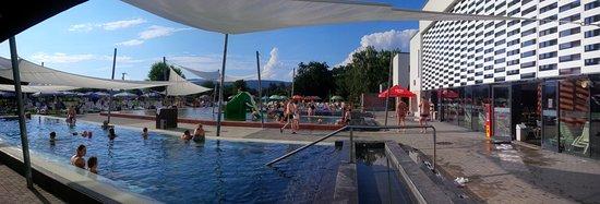 Siklos, Hungary: basen