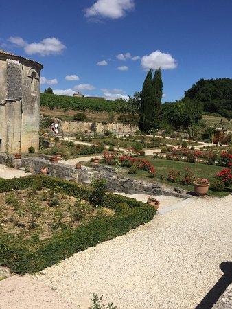 Saint Bris des Bois 사진