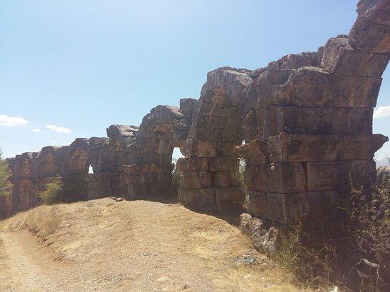 Yalvac, Tyrkiet: su kemerleri 4