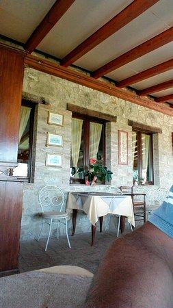 San Venanzo, Italia: IMG_20160823_131408_large.jpg