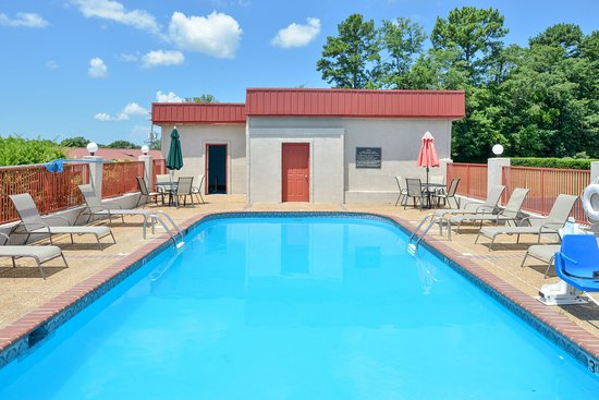Batesville, MS: Pool