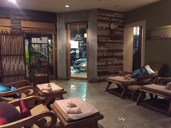 White Sand Massage & Spa