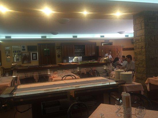 Rivotorto, Itália: Sala del ristorante