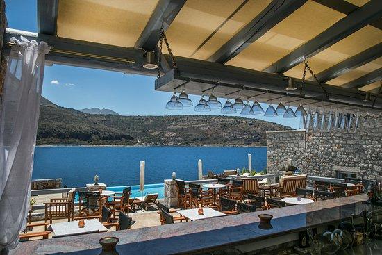 Areopoli, Grecia: POOL BAR