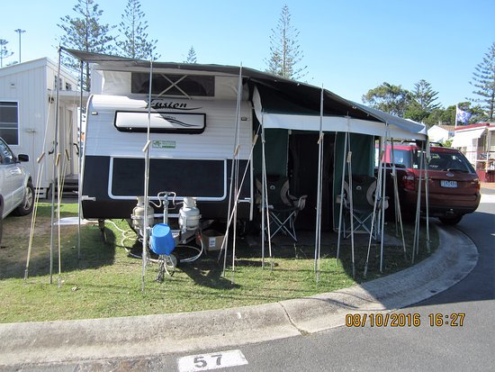 Palm Beach, Australia: Our ensuite van site (with car & van setup)
