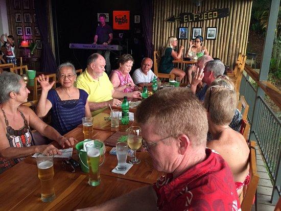 Ojochal, Kostaryka: Good times at the Bamboo Room