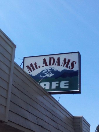 Mount Adams Cafe : There's only 2 Restaurants as far as i know in Randle..