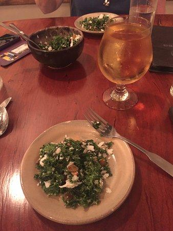 Vienna, فيرجينيا: Cider and Kale salad