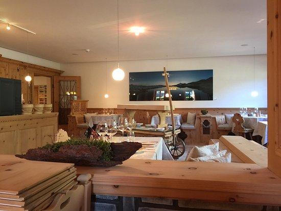 Brail, Zwitserland: La Stuvetta - das Restaurant