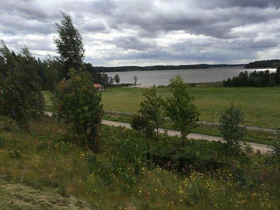 Kolsva, Sverige: Uitzicht vanuit de Stuga.
