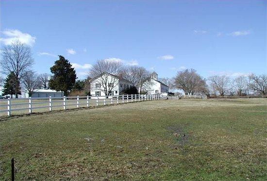 ฮิลส์โบโรห์, นิวเจอร์ซีย์: River Road Farm