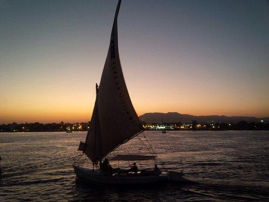 Corniche: photo1.jpg