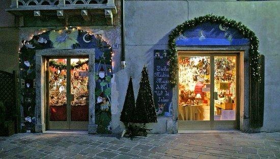 Pieve di Ledro, Italie: La bottega dell'artigiano