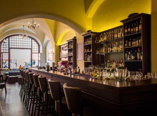 Wittenberg, Alemania: Charles Bar