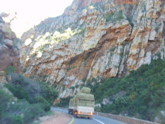 De Rust, جنوب أفريقيا: Beautiful rock formation.