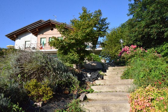 Besozzo, İtalya: La casa vista dall'ingresso