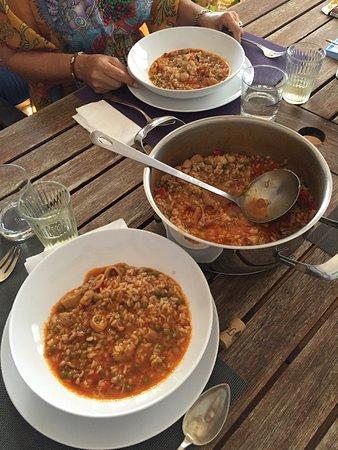 La Bohemia Restaurante-Bar: Algunos platos y vista del restaurante La Bohemia de Costa Teguise